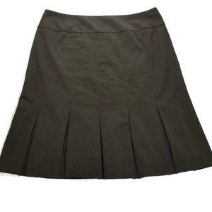 Jones New York Pleated Grey Career Skirt.